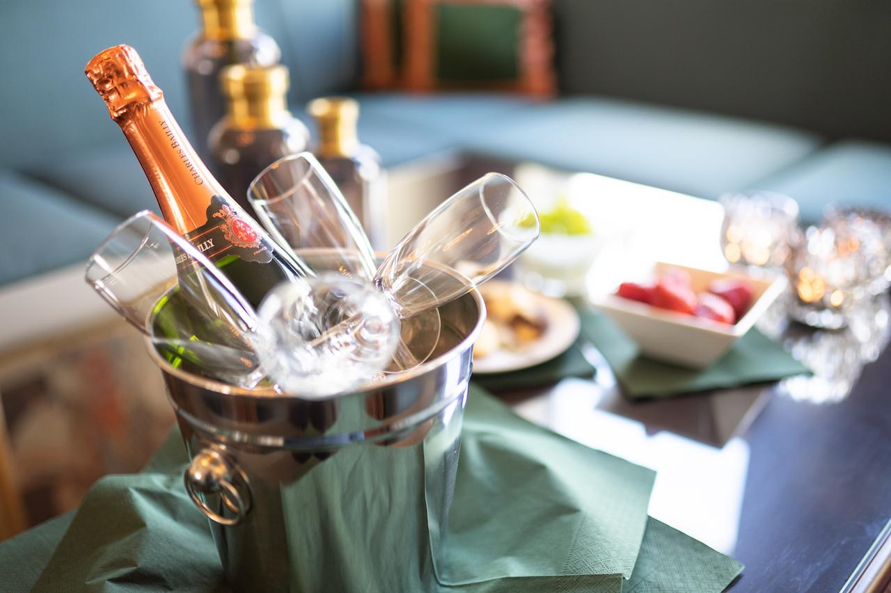 Champagne på Hotel Dania